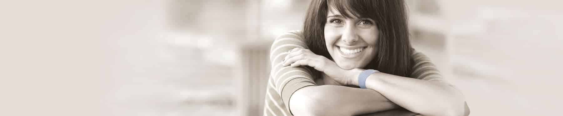 Was hilft bei Übelkeit ein lächeln zu behalten? SEA-BAND Akupressurbänder gegen Übelkeit